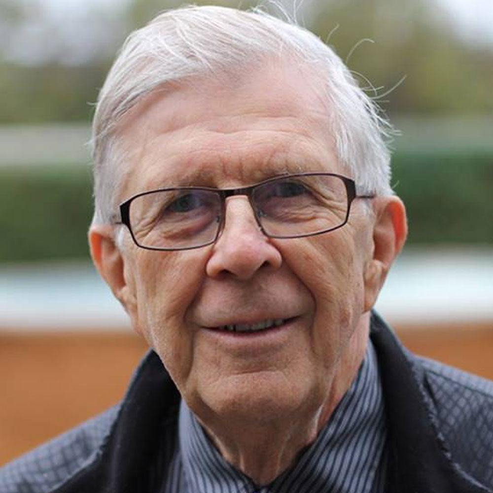 Карл-Олоф Бюржессон член шведских медицинских журналистов и автор нескольких медицинских книг